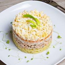 Салат «Мимоза» со сливочным маслом: рецепты
