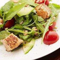 Салат с авокадо и тунцом: рецепты