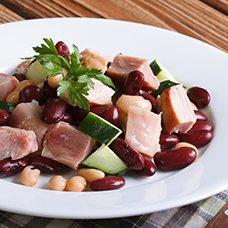Салат с копченой курицей и фасолью: рецепты