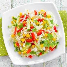 Салат с пекинской капустой и кукурузой: рецепты