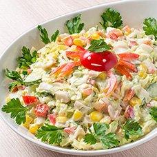 Салат с пекинской капустой, крабовыми палочками и кукурузой: рецепты
