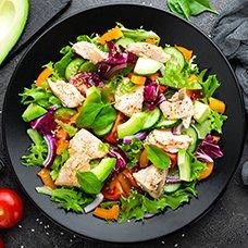 Салат с рыбой и авокадо: рецепты