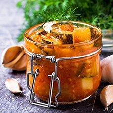 Салат «Тещин язык» из кабачков на зиму: рецепты