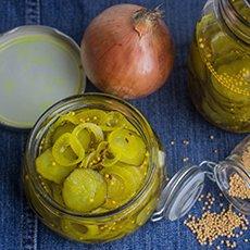 Салат на зиму из огурцов с луком: рецепты